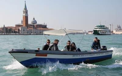 Noleggio barche venezia per feste